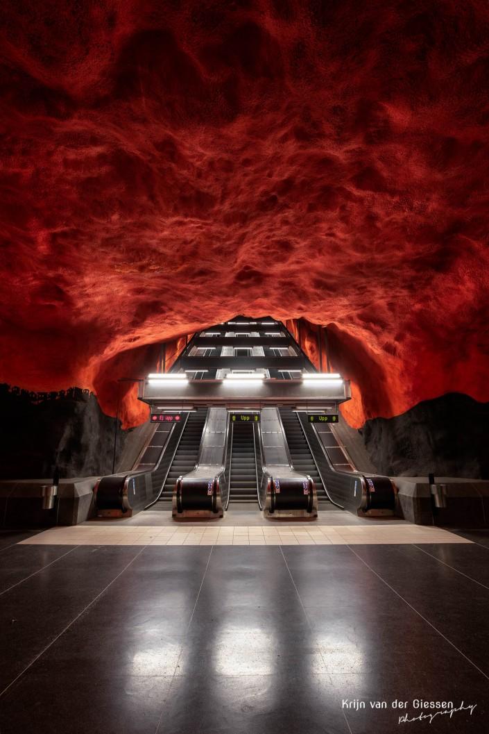Stockholm metro Solna Centrum by Krijn van der Giessen