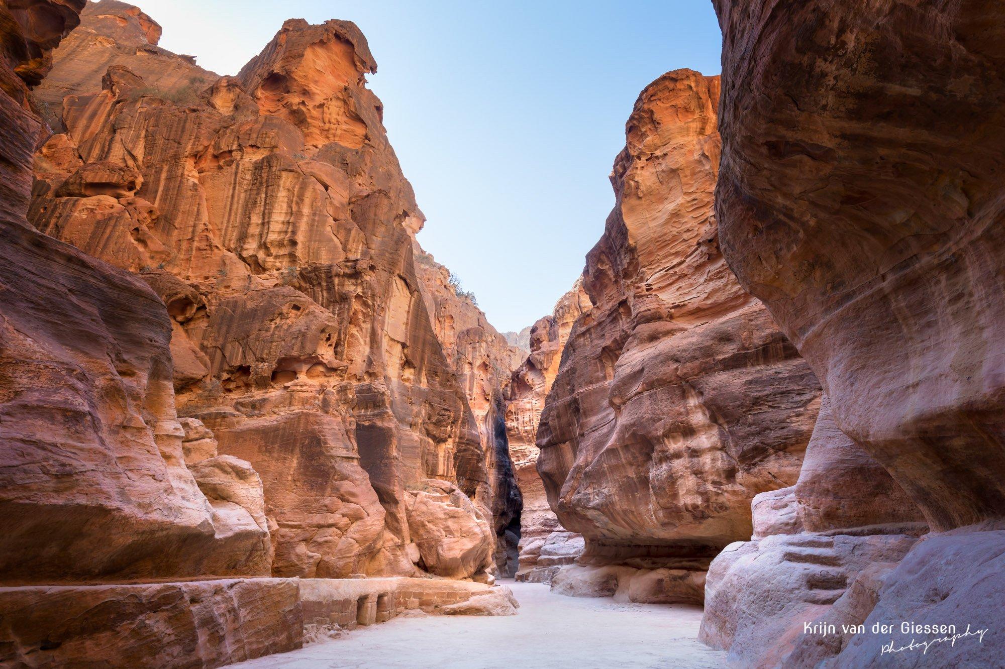 Petra gorge without tourists tutorial by Krijn van der Giessen Photography
