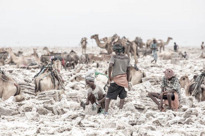 Danakil Depression Saltminers Krijn van der Giessen Photography Copyright-15