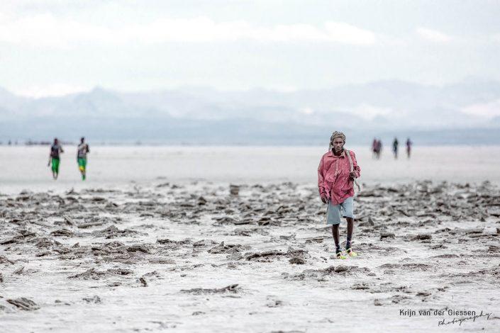 Danakil Depression Saltminers Krijn van der Giessen Photography Copyright-16