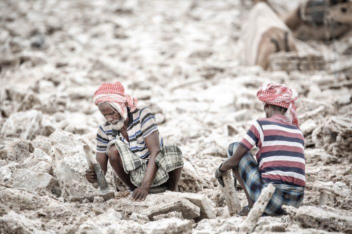 Danakil Depression Saltminers Krijn van der Giessen Photography Copyright-9