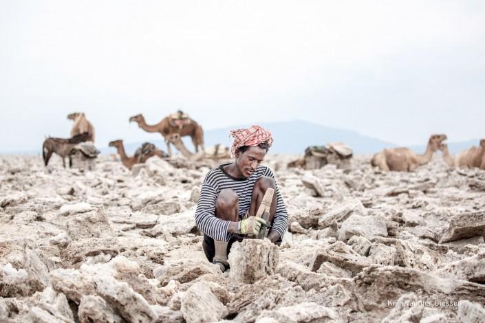 Saltminer Danakil Depression Ethiopia Copyright by krijn van der Giessen Photography