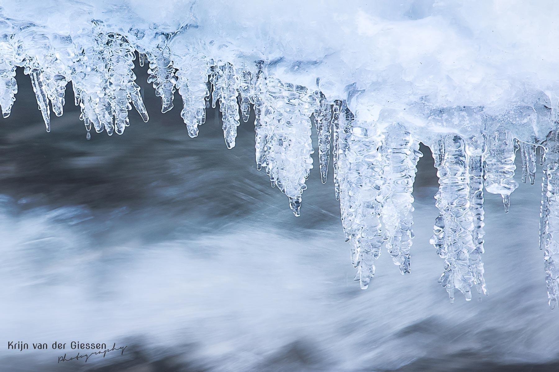 Storforsen waterfall icicle Zweden winterphotography tips
